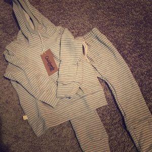 Childhoods Clothing Medium gray stripe set